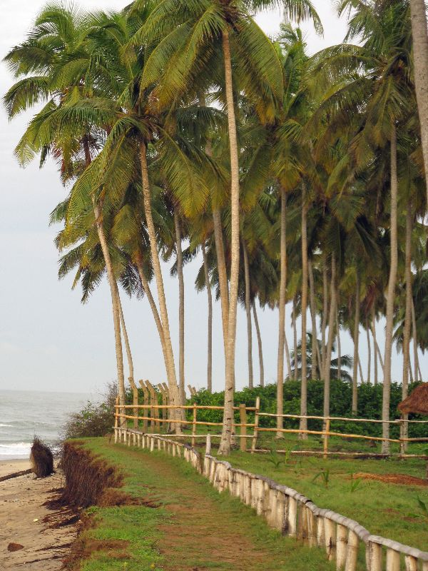 Dispatch 5 - Central Region: Cape Coast, Elmina, Katum