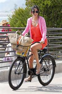 Courtney Cox bicycle